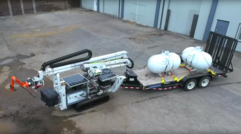 Der 3D-Drucker ist gleichzeitig ein Raupenfahrzeug. Er könnte sich somit auf dem Mars frei bewegen.