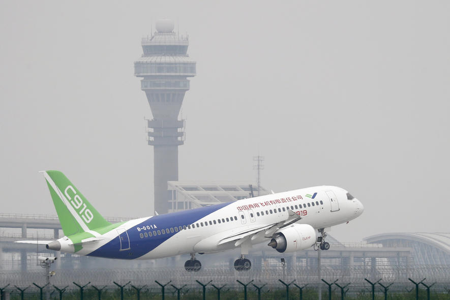 Chinas erstes eigenes Mittelstreckenflugzeug kann fliegen