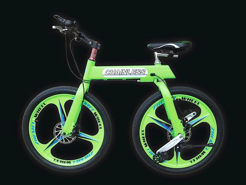 Der Aluminiumrahmen des Chainless besteht nur aus einem Oberrohr, an dem die zwei beweglichen Fahrradgabeln befestigt sind. Der komplette Antrieb sitzt im Hinterrad.