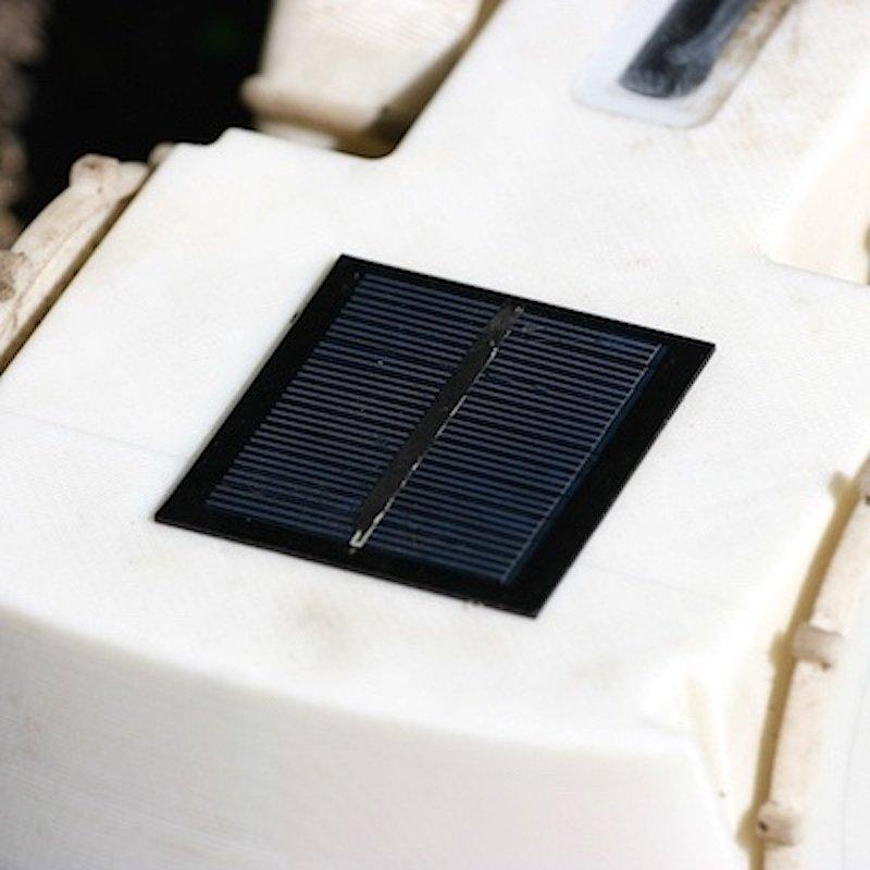 Solarpanels: Tertill fährt mit Sonnenstrom.
