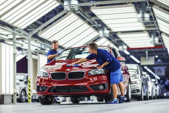 BMW-Produktion in Leipzig: Durch fehlende Lenkgetriebeteile steht derzeit die Produktion in Leipzig, München undTiexi in China weitgehend still.
