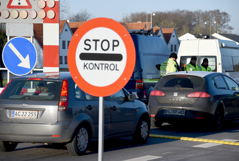 Dänische Grenzkontrolle am Grenzübergang Krusa bei Flensburg: Die Wiedereinführung von Grenzkontrollen als Folge der Flüchtlingskrise behindert längst auch den freien Warenverkehr.