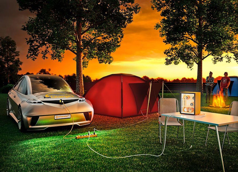 Netter Nebeneffekt: Es stehen dank der neuen Ladetechnik 230 V Wechselstrom zur Verfügung, um zum Beispiel einen Kühlschrank beim Camping zu betreiben.