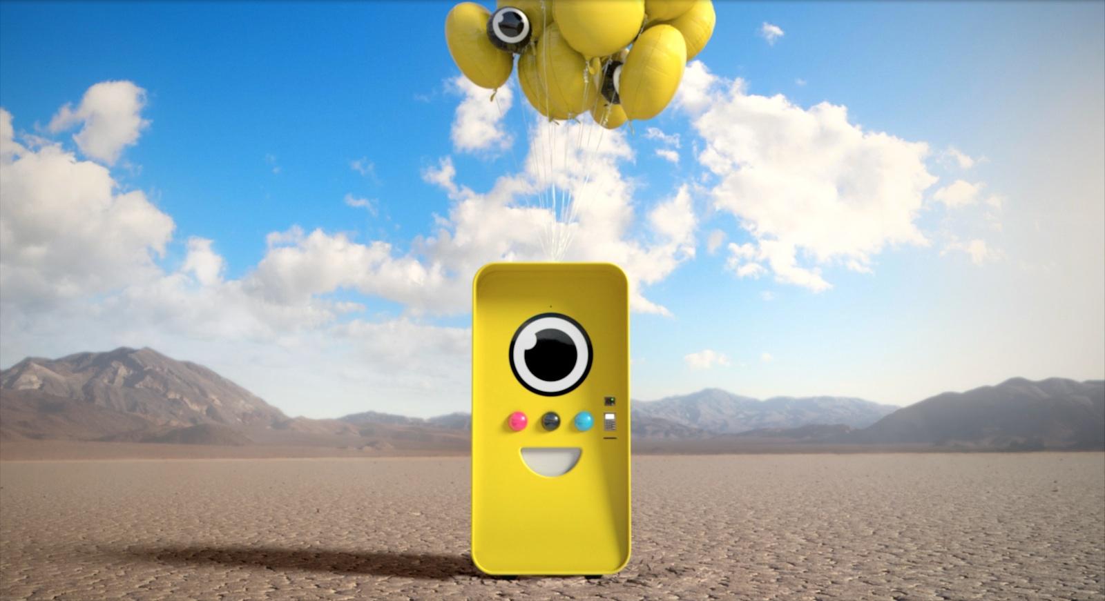Zu kaufen gibt es die Kamerabrillen in solchen mobilen knallgelben Automaten, die für kurze Zeit an verschiedenen Orten auftauchen. Im Internet werden jeweils 24 Stunden vor der Installation an einem neuen Standort die Adressen der sogenannten Snapbots gepostet.