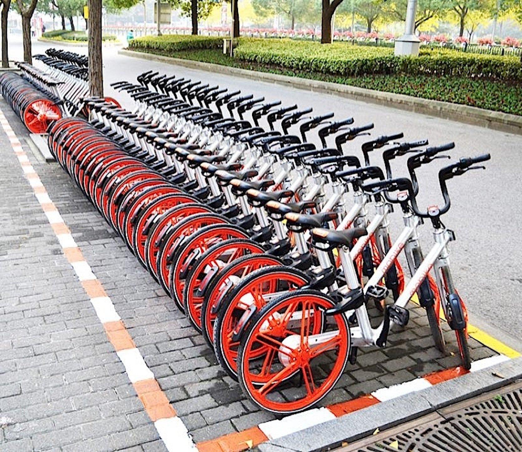 Mobikes boomen in China: Jetzt soll sich das System auch in Europa durchsetzen.
