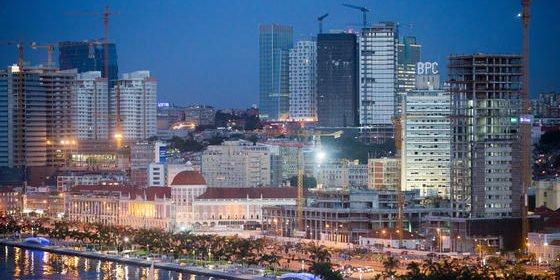 Luanda in Angola, eine der größten Städte Afrikas und die teuerste weltweit: Hier kostet eine möblierte Zweizimmerwohnung etwa5.600 Euro im Monat.