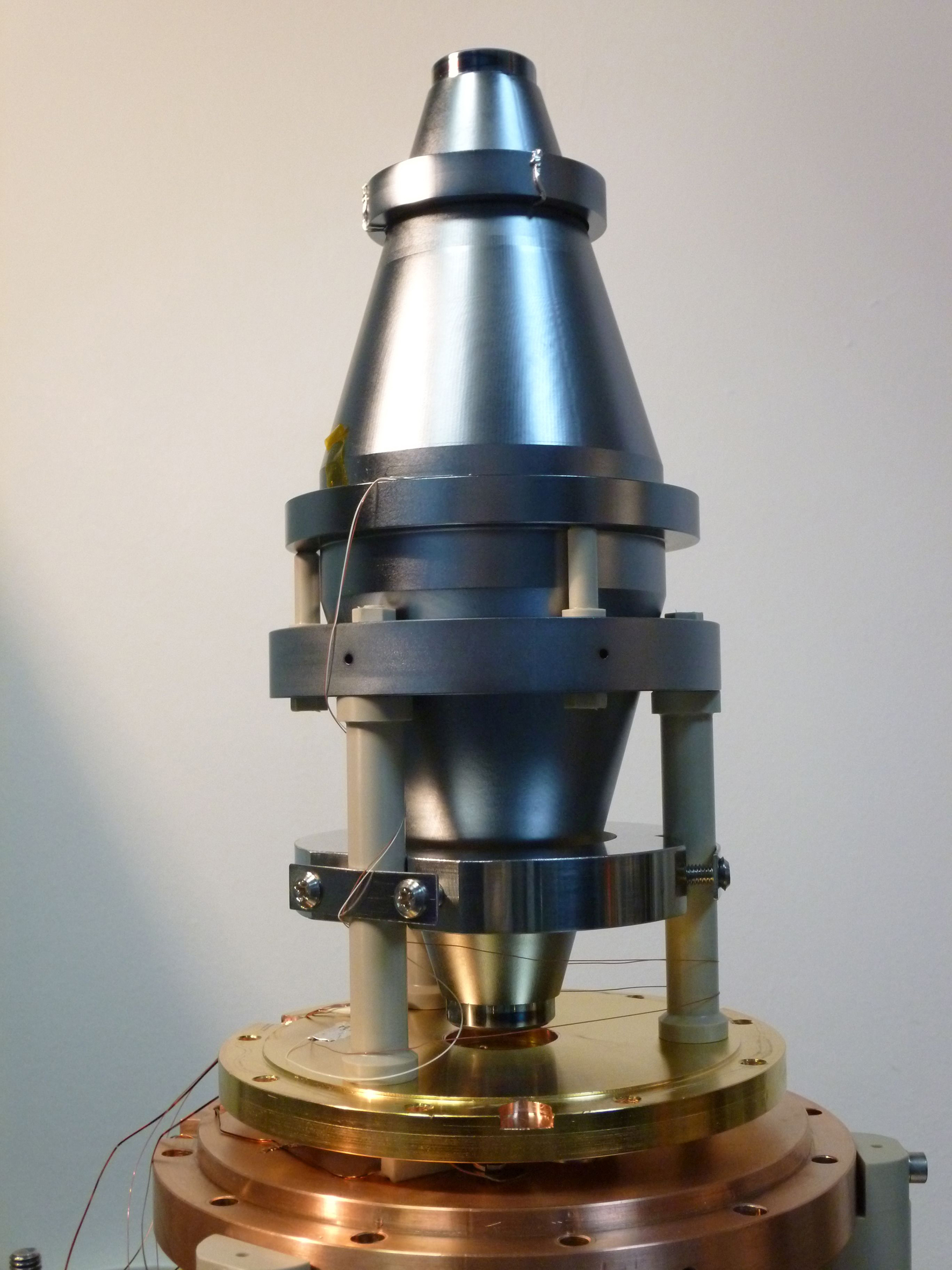 Grundlage der neuen Präzision ist dieser neue Resonator aus Silizium.