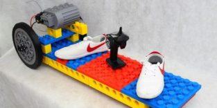 Skateboard aus extragroßen Legosteinen aus dem 3D-Drucker
