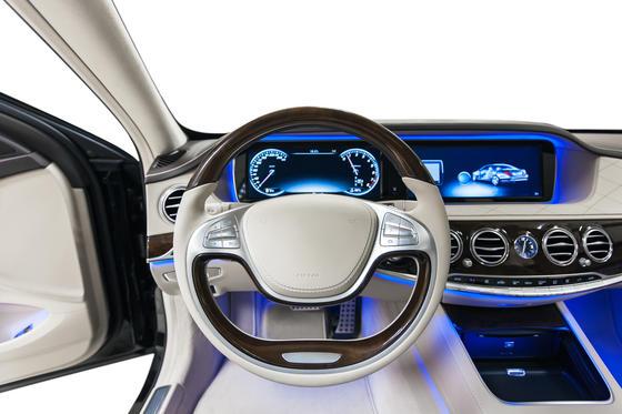 Allein in einem modernen Automobil der Mittelklasse sind über 70 eingebettete Systeme (embedded systems) verbaut.