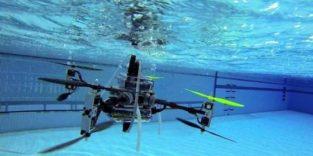 Eine Drohne, die fliegen, schwimmen und tauchen kann