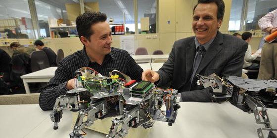 Die technische Informatik bildet IT-Experten aus, die sich mit maschinennaher Programmierung, Signalverarbeitung und Messtechnik auskennen.