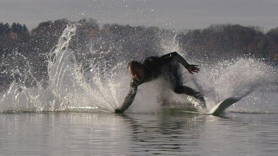 Made in Germany - Waterwolf gehört zu den weltweit führenden Hersteller von E-Surfboards.