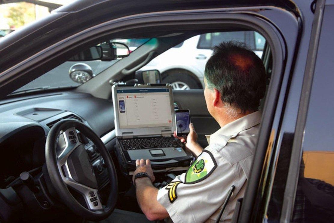 Als erstes wird jetzt die Polizei im Bundesstaat New York mit den Textalyzer-Geräten ausgestattet. Sie können dokumentieren, wann und wie ein Smartphone etwa während eines Unfalls benutzt wurde.