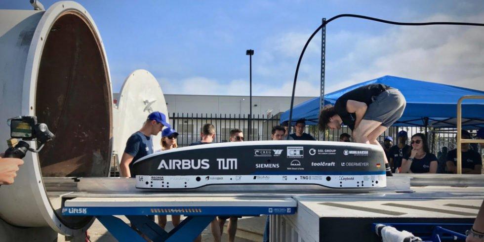 Hyperloop: Münchner Studenten schaffen Tempo-Weltrekord in den USA