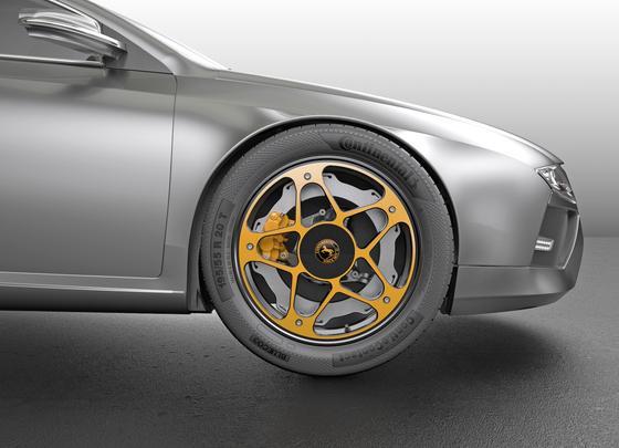Continental hat ein Rad speziell für Elektroautos entwickelt. Es ist inklusive Bremse 2 kg leichter als herkömmliche Räder. Der besondere Vorteil: Die flache Bremsscheibe aus Guss ist durch einen Aluminiumring ersetzt worden.