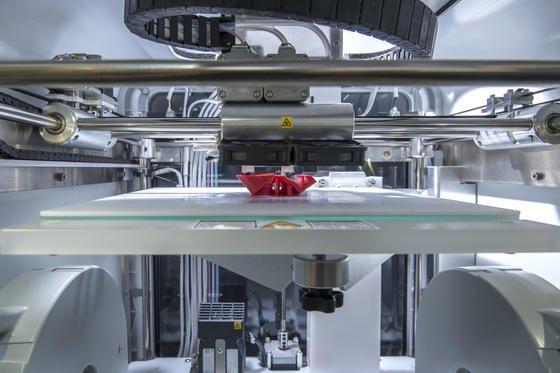 Additive Manufacturing kann zum Jobmotor werden, wenn Hochschulen und Unternehmen jetzt reagieren.
