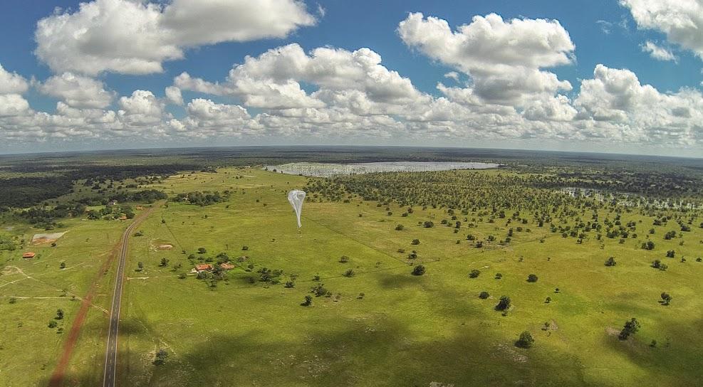 Im Juni dieses Jahres gelang es, eine brasilianische Schule in einer abgelegenen Ortschaft durch einen hochfliegenden Ballon mit dem Internet verbinden.