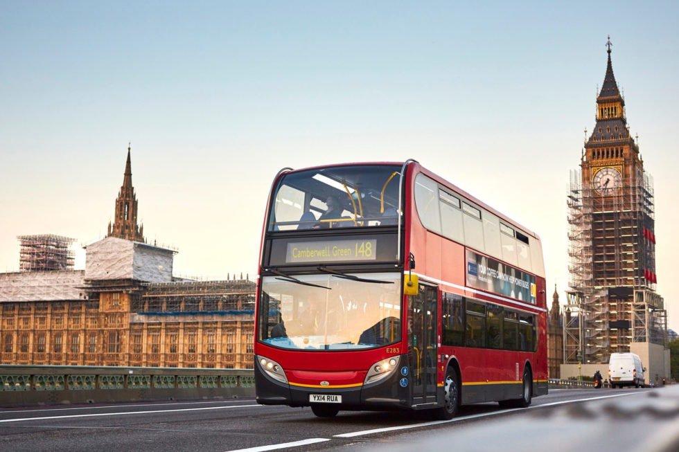 Doppeldecker-Busse-in-London