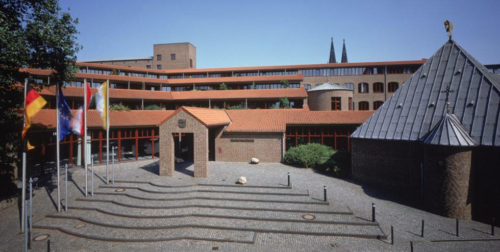 Im Maternushaus findet der Kölner VDI nachrichten Recruiting Tag statt.