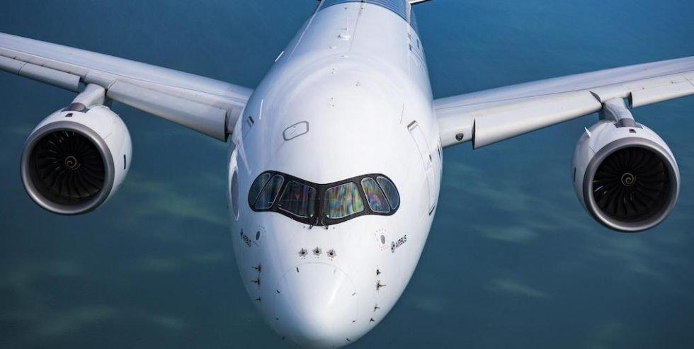Die australische Fluggesellschaft Qantas möchte spätestens ab  2022 Sydney nonstop mit London verbinden. Und hat die beiden großen Flugzeughersteller Airbus und Boeing aufzufordern, ihr spezielle Jet-Versionen anzubieten, die diesen extremen Nonstop-Langstreckenverkehr ermöglichen. Bei Airbus käme der A350-9 für eine Anpassung infrage.