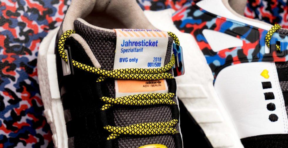 Echt klasse: Das Jahresticket ist im Schuh eingenäht. Allerdings: Was tun, wenn man mal mit anderen Schuhen zur Arbeit fahren will?