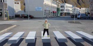 Der schwebende 3D-Zebrastreifen soll Autofahrer stoppen