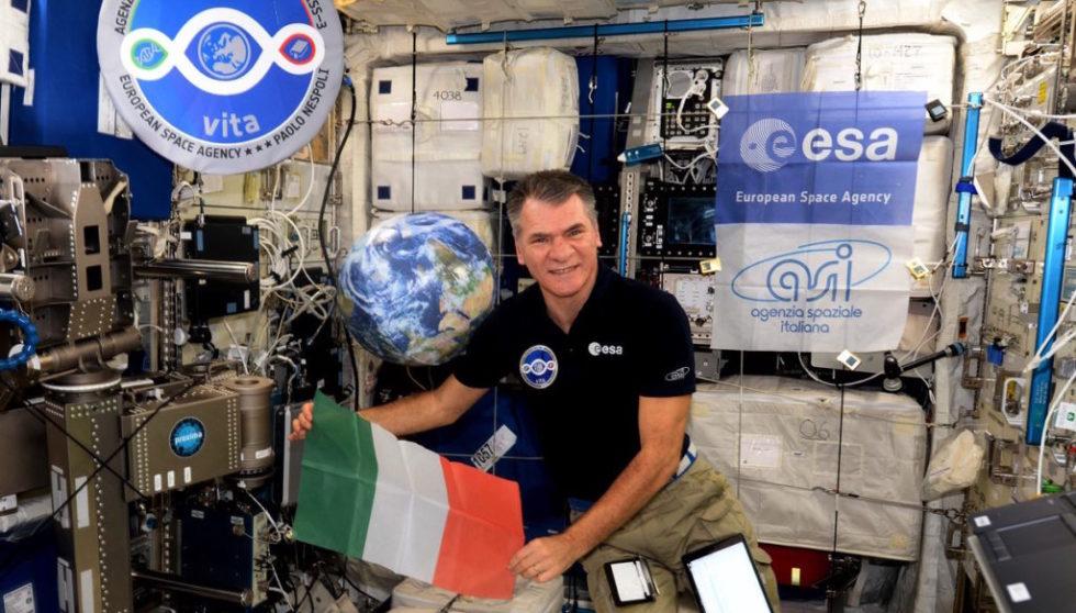 ESA-Astronaut Paolo Nespoli auf der ISS im November 2017: Die ESA will sich auch in Zukunft an der Finanzierung der ISS beteiligen.