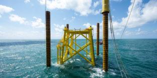 So kann man Offshore-Windkraftanlagen lautlos im Meer verankern