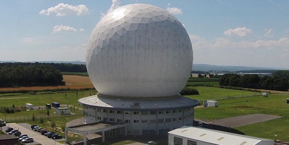 Das Weltraumbeobachtungsradar TIRA.