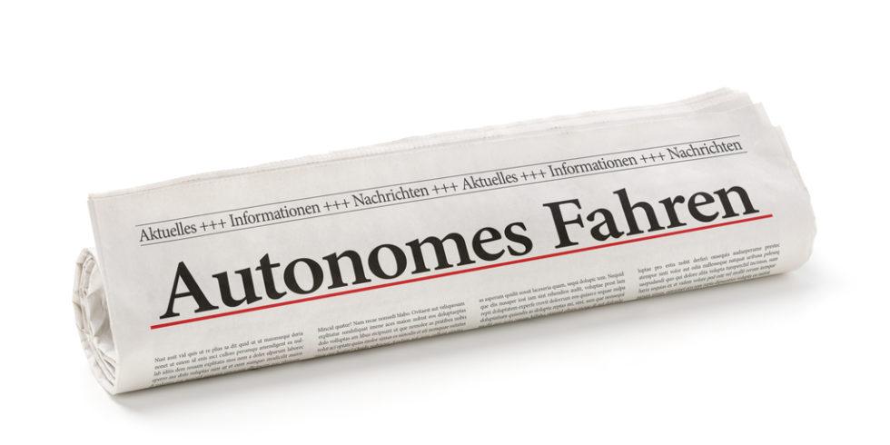 Zeitungspapier autonomes Fahren