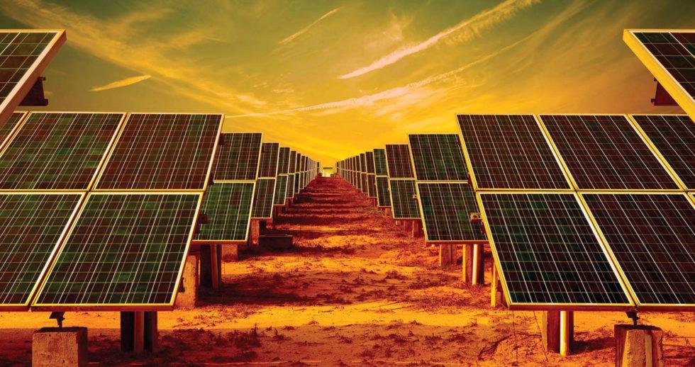 Solarkraftwerk in der Wüste: Saudi Arabien will bis 2030 den größten Solarpark der Welt errichten und dann seinen gesamten Stromverbrauch aus Sonnenenergie decken.