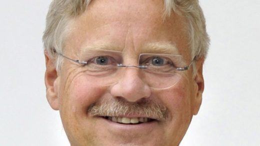 Porträtbild von Hans-Joachim Kümpel