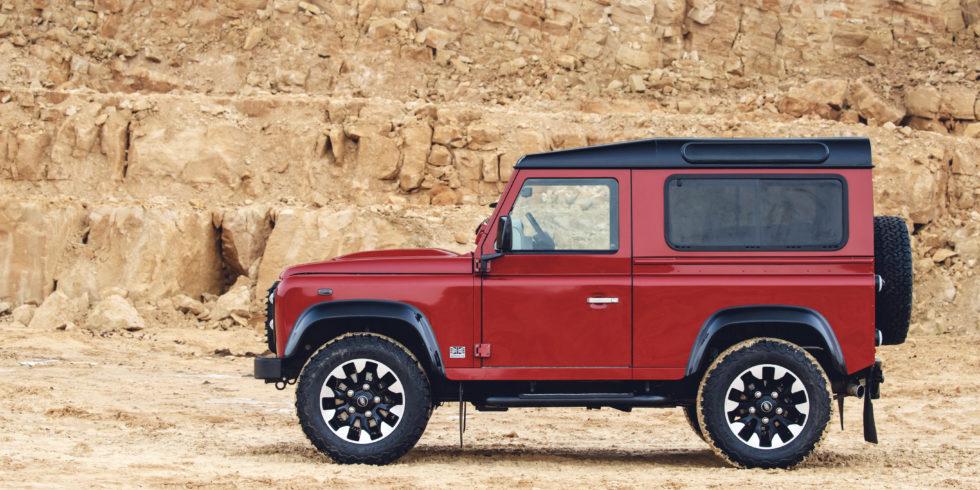 Land Rover – 70 Jahre über Stock und Stein