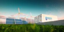 Solarpaneele, Windräder und Container mit der Aufschrift Energy Storage