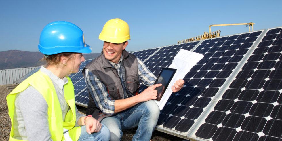Gute Gehaltsaussichten für Energieingenieure. Foto: panthermedia.net/Goodluz