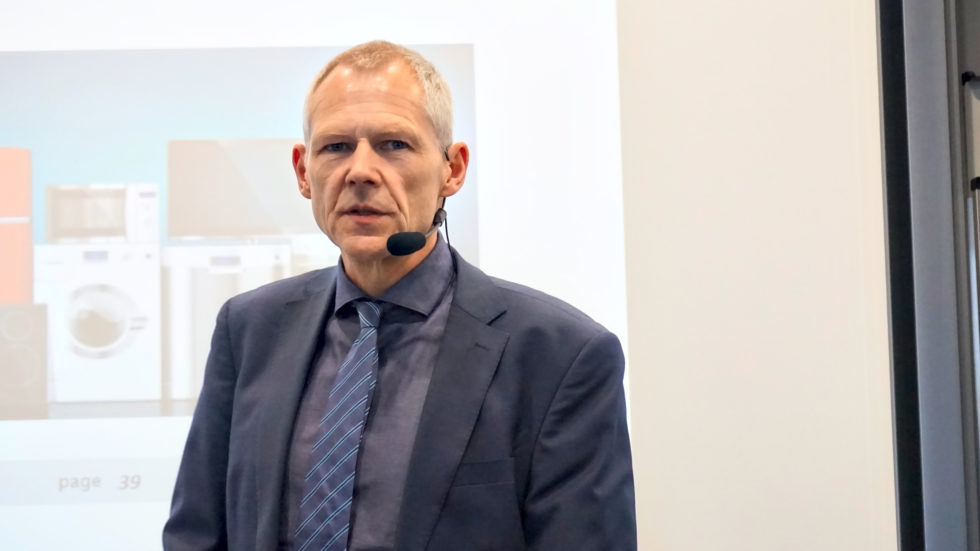 Herr Manfred Fischedick