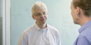 Dr. Christoph Peylo