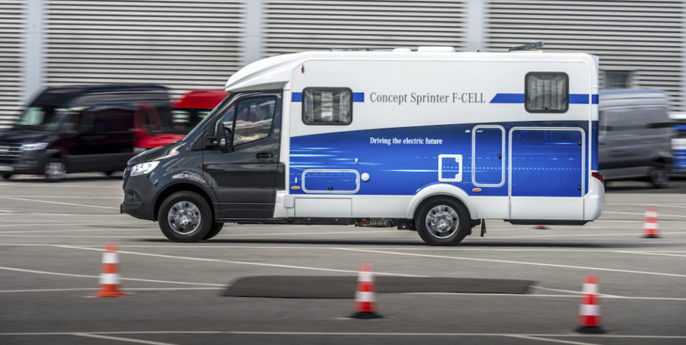 """Transporterkonzept als Wohnmobil mit Brennstoffzelle: Der """"Sprinter F-Cell"""" von Mercedes-Benz Vans."""