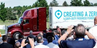 Toyotas Brennstoffzellen-Truck schafft 480 km am Stück