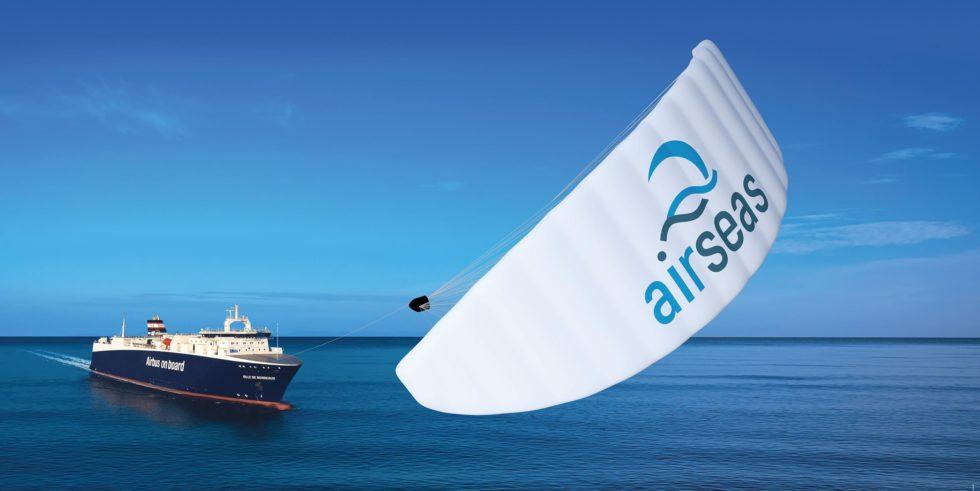 Rund 20 Prozent Kraftstoff sollen die Lenkdrachen einsparen, die die Airbus-Tochter Airseas entwickelt hat. Airbus will die Drachen nun auf den eigenen Frachtschiffen einsetzen, die Flugzeugteile rund um die Welt transportieren.