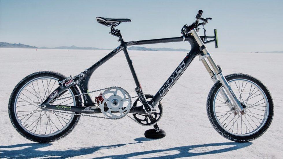 der schnellste mensch auf dem fahrrad erreicht 296 km h. Black Bedroom Furniture Sets. Home Design Ideas