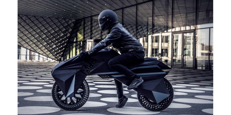 Das Motorrad von der Seite
