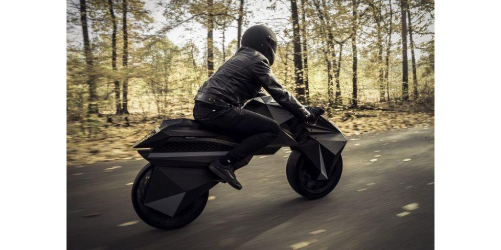 Das 3D-gedruckte Motorrad Nera in mattschwarz