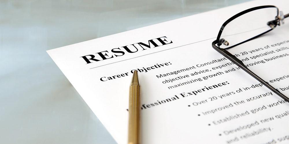 Lebenslauf auf Englisch: Was bei Resume und CV zu beachten ist