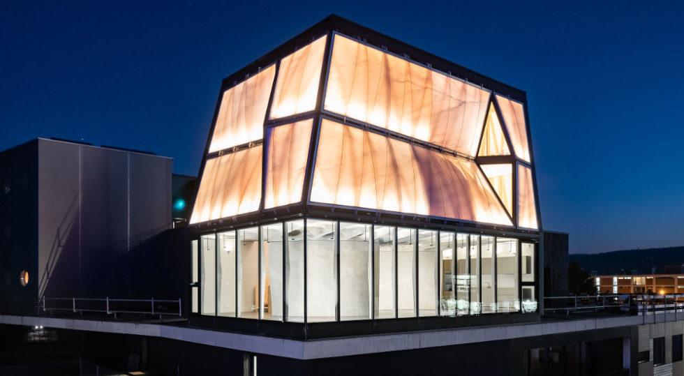 Das DFAB House sieht futuristisch aus. Dabei ist heute gar nicht mehr erkennbar, dass es auf ganz besondere Weise entstanden ist – in erster Linie durch digitale Bauchtechniken. Foto: Roman Keller