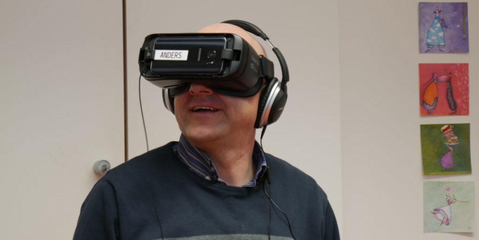 Patient mit VR-Brile
