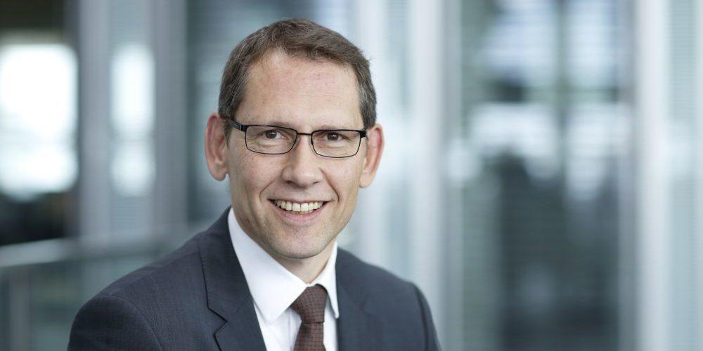Dr. Gerhard Nowak