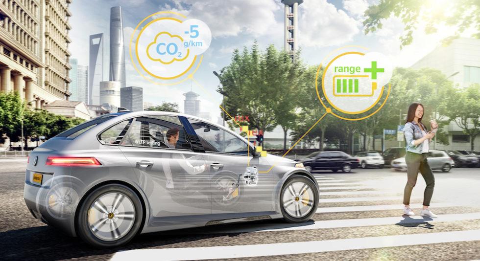 Automatisiertes Fahrzeug spart mit neuer Bremstechnik fünf Milligramm CO2.