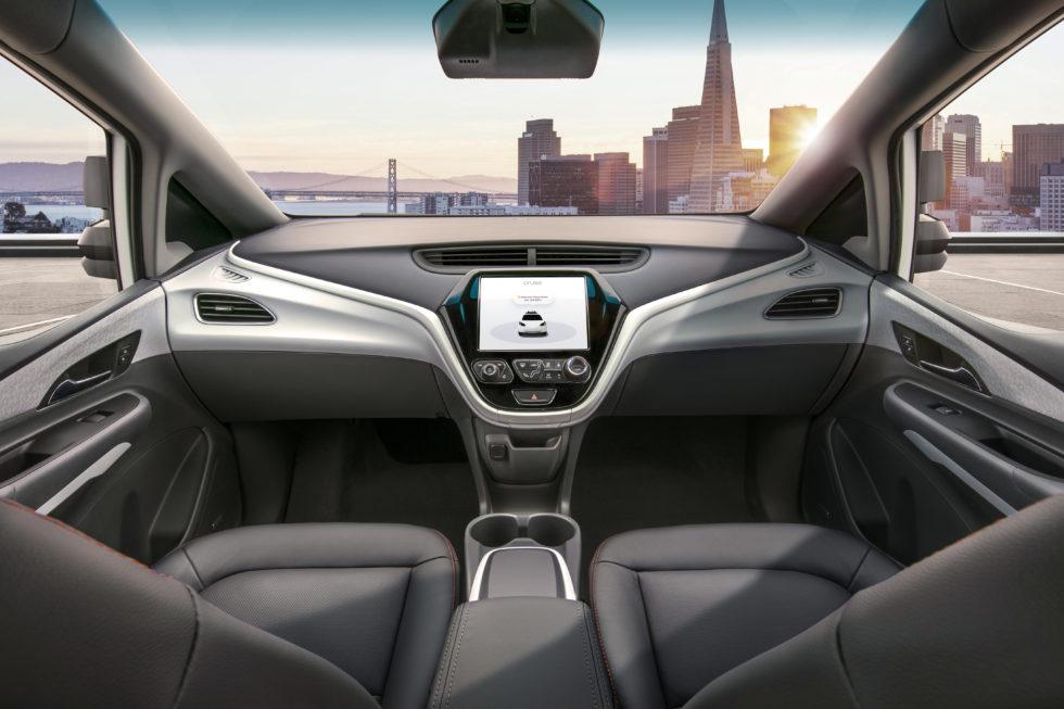 Der Innenraum des Robotaxis GM Cruise AV zeigt, wie sich Hersteller das Cockpit autonomer Autos vorstellen: ohne Lenkrad und Pedale. Foto: General Motors