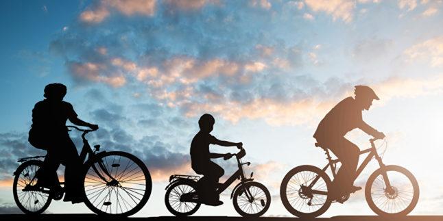 Familienausflug mit dem Fahrrad